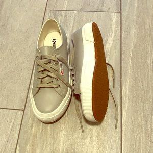 SUPERGA - size 6 gray leather sneaker.